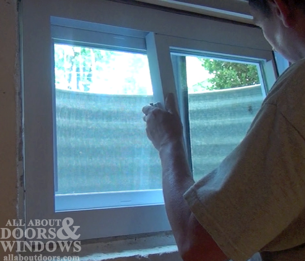 replace sash replacement window